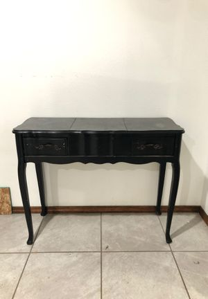 Antique table for Sale in Pasco, WA