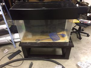 50 gallon Fish tank SeaClear II acrylic built in sump filter system for Sale in Marina, CA