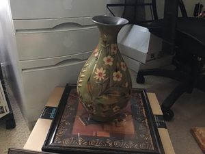 Flower vase or just for use like that for Sale in Sterling, VA