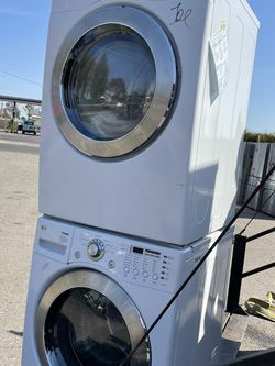 Lg Washer And Electric Dryer Set for Sale in Stockton,  CA