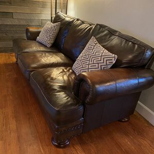 Genuine Leather Couch for Sale in Vancouver, WA