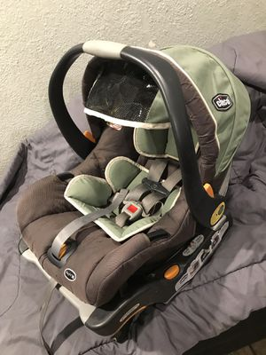 Chicco car seat for Sale in Riverside, CA