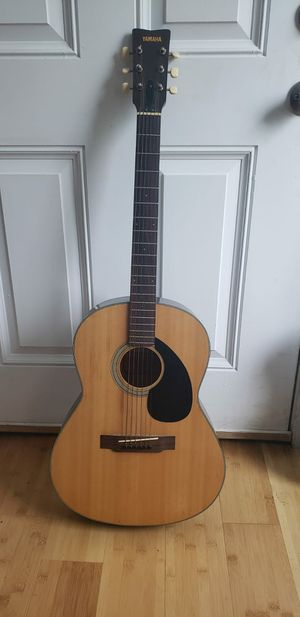 Yamaha acoustic guitar for Sale in Suitland, MD