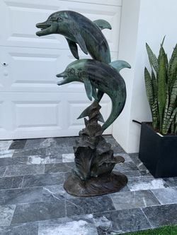 Outdoor dolphins fountain waterfall!! for Sale in Delray Beach,  FL