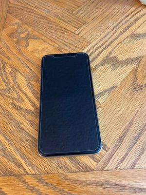 iPhone X 256 gb unlocked excellent condition work with any carrier for Sale in Phoenix, AZ