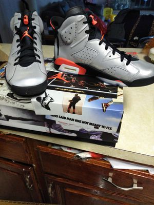 Air Jordan retro 6 reflector for Sale in Matteson, IL