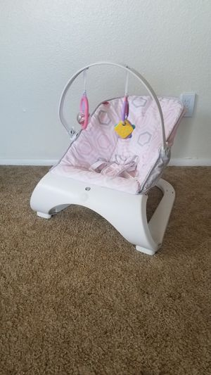 Used baby bouncer seat chair with toy mobile *vibration does not work for Sale in Buckeye, AZ
