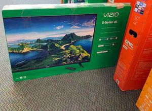 "BRAND NEW VIZIO 40"" tv WB 8 for Sale in Pflugerville, TX"