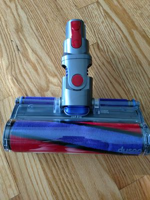 Dyson V8 model cleaner head for Sale in Wickliffe, OH