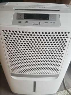 FRIGIDAIRE 70 PINT DEHUMIDIFIER $150 for Sale in Vancouver,  WA