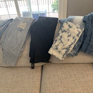 Men's Jeans for Sale in Calumet City, IL