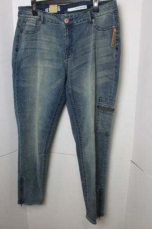 DKNY Jeggings Size 20 for Sale in Waynesville, MO