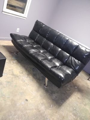 Leather Futon great condition for Sale in Dallas, GA