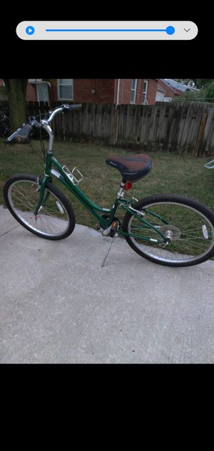 Raleigh venture 16 inch aluminum frame 26 inch wheels 7 speed comfy seat with shock seatpost super clean bike 259 best offer for Sale in Swatara, PA
