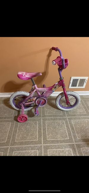 """Huffy 12"""" inch princess bike for Sale in Shelby Charter Township, MI"""