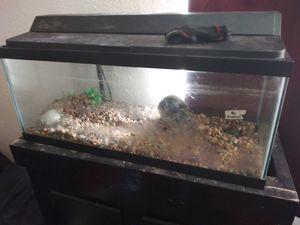 Fish tank for Sale in Fort Pierce, FL