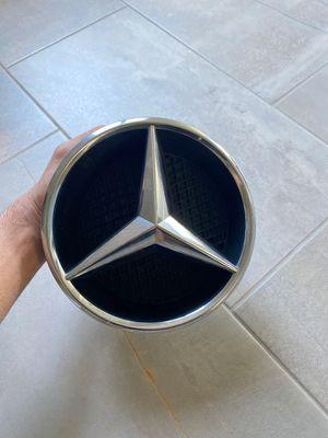 Mercedes-Benz Stern Radiator Grille Emblem 206mm A0008172116 for Sale in Riverside, CA
