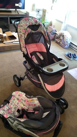 Stroller carseat combo for Sale in Kennewick, WA