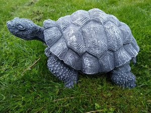 Garden Tortoise Statue (large) for Sale in Bothell, WA