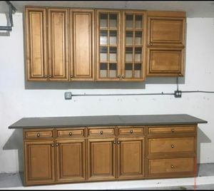 Kitchen cabinets for Sale in Carol City, FL