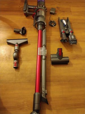 Dyson V11 for Sale in Chino, CA
