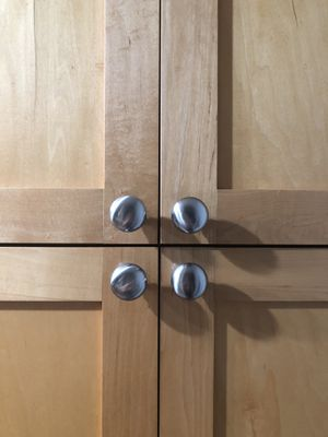 Silver Kitchen Cabinet Knobs (31) for Sale in Seattle, WA