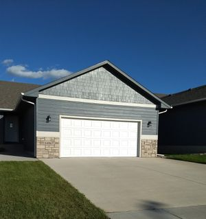 Better than new 2br 2ba twinhome on west side for Sale in Sioux Falls, SD