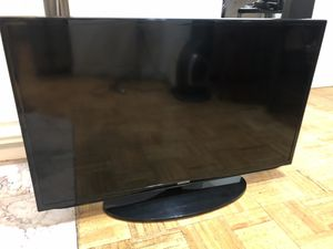 Samsung 40 Inch TV for Sale in New York, NY