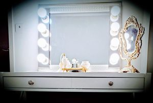 Professional Makeup Vanity Mirror -- Hollywood Style LED lighted Mirror for Sale in Vernon Hills, IL