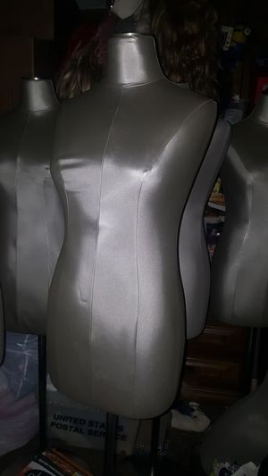 Vinyl mannequin metal stand for Sale in US
