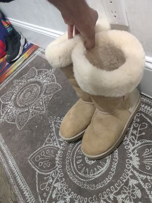 Women's uggs boots Sherlin 🐑 sheep fur for Sale in New York, NY