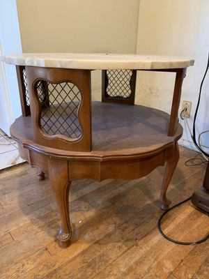 Antique marble end table for Sale in CRYSTAL CITY, CA