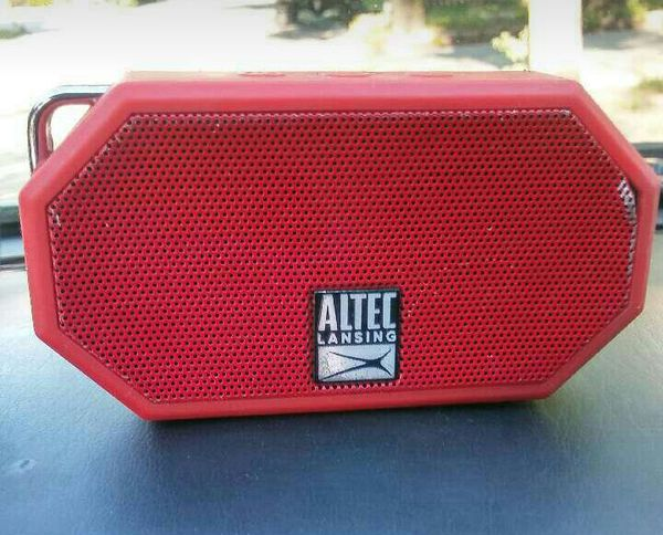 Altec lansing mini who