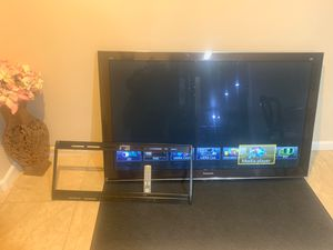 65 inch Panasonic Viera Smart TV with 3D for Sale in Burien, WA