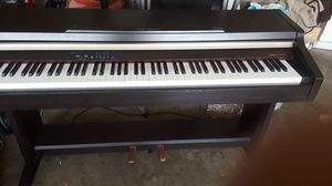 YAMAHA CLEVINOVA for Sale in Clermont, FL