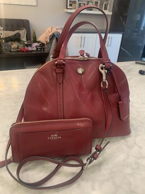 COACH Leather Crossbody for Sale in Rolling Meadows, IL