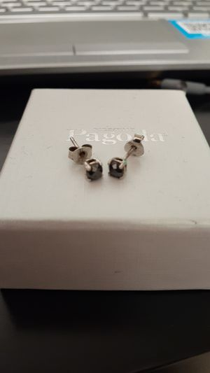 Real black diamond ear rings..need cleaning for Sale in Fall River, MA