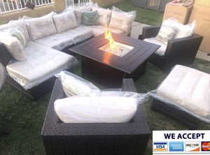 Patio furniture set with fire pit propane for Sale in Riverside, CA