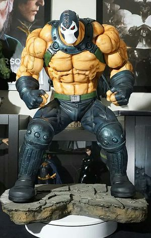 Bane Statue David Finch Sculpted By Thiago Provin Salt and Pepper Sideshow Collectibles Batman for Sale in Montebello, CA
