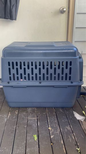 Dog kennel perfect condition for Sale in Golden, CO