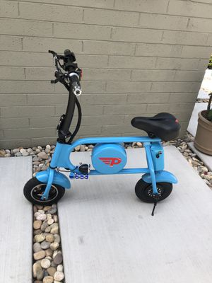Folding Electric Bicycle E-Bike 36v battery & 400-Watt Motor Portable eBike 15 miles to the fully charge for Sale in Los Angeles, CA