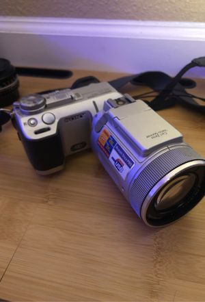 sony digital still camera dsc-f717 for Sale in Sacramento, CA