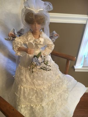 Mother and Bride Collectible Dolls for Sale in Mount Airy, MD