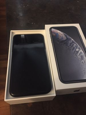 iPhone XR 64Gb for Sale in Bismarck, ND
