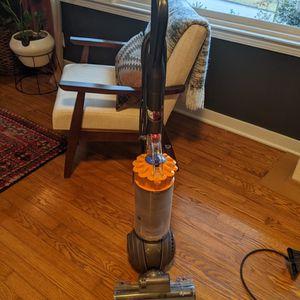 FREE- broken Dyson Vacuum for Sale in Atlanta, GA