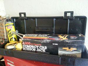 Scissor jack kit for Sale in Coral Springs, FL