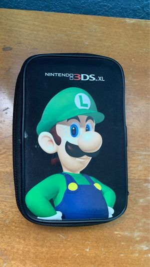 Nintendo 3DS XL, device and games case, device charger, Mariokart 7, Yoshi's New Island, Super Mario 3D Land, New Super Mario Bros. 2 for Sale in Hollywood, FL