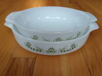 Jeannette green daisy pattern bakeware for Sale in River Grove,  IL