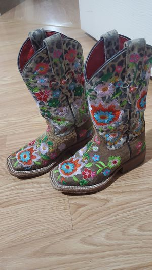 Cowgirl boots toddler 9 for Sale in El Paso, TX