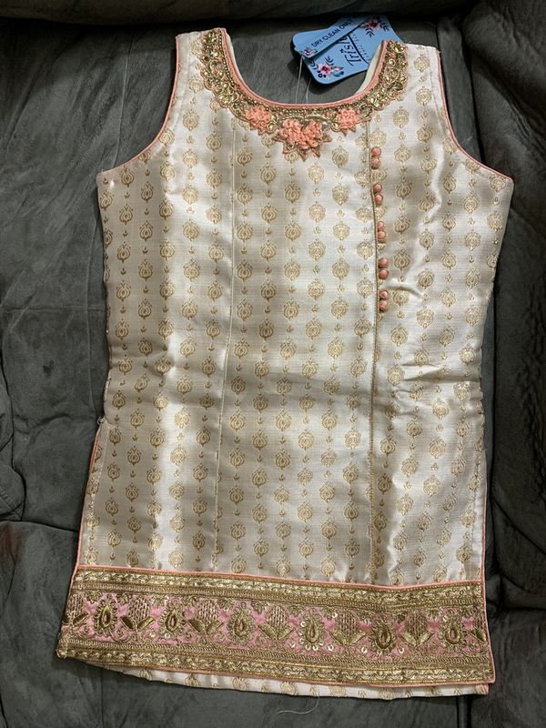 $27 Kids size 24 girls Indian dress for a 4-5 year old